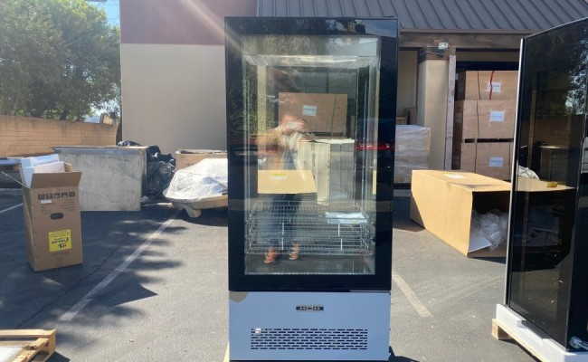 4 Sided Glass Refrigerated Display case Bakery Showcase RT-550L