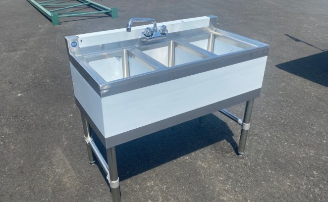 38 inches 3 Compartment Bar Sink with Faucet BS3T101410