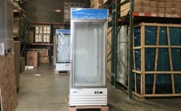 NSF 31 inches One glass door freezer D648BMF-HC