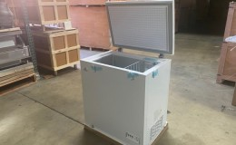 NSF 30 inches Solid Top Chest Freezer 5 cu ft XF-152