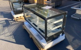 Refrigerated Countertop Bakery Display Case NSF CW200720