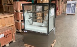 Clearance NSF 36 ins bakery refrigerator case 21052402