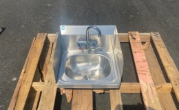 15  ins hand sink with two splashes and faucet NSF HS-15SS