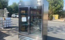 Clearance 2 Glass Door  Commercial Refrigerator NSF 073114